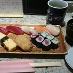 おつな寿司 - ランチにぎり