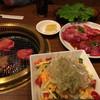 だるま苑 - 料理写真:手前がだるまサラダ
