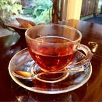 モアノ - 4時のお茶