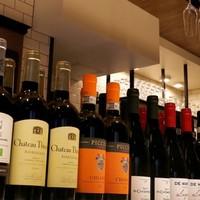コスパ抜群!120種類以上のワインは必見◎
