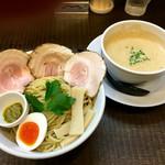 ラーメン家 みつ葉 - 豚CHIKIしょうゆつけ麺