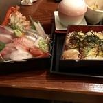 軍ちゃん - ネタと酢飯