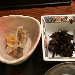軍ちゃん - 小鉢2皿(ひじきの煮物、マリネ)