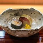 和食 こんどう - 鯛とさばの棒鮨