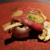 エクアトゥール - 料理写真:松茸と鱧、和牛ザブトン、シェリー酒と生姜のソース