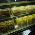 石田屋 - ロールケーキは個包装タイプのものも売っています☆