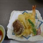 ゆたか寿し - 2016.11 天ぷら盛り合わせ