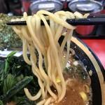環2家 - 【2016.11.25】ご存知!酒井製麺の中太麺。