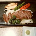 神戸ビーフダイニング モーリヤ - 丹波牛のステーキ 淡路の玉葱は甘かったです