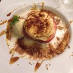 59357179 - 「紅玉林檎のオーブン焼きグラタン仕立て、塩キャラメルのシーブスト添え」