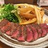 籠 - 料理写真:牛さがりステーキ&フライドポテト