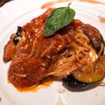 ミシェル - パスタランチ「スパゲッティ 茄子とベーコンのトマトソース」(800円+税)。大人なトマトソース。これがボク的には一番美味しかった。