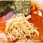 らーめん桃源 - すっごく軽い食感の麺です。