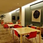 59440650 - 『カフェ・ドン バイ スフェラ』さんのテーブル席の様子~♪(^o^)丿