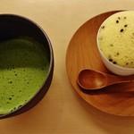 59440673 - 『うきしま』と『抹茶』のセット!!(1200円)~♪(^o^)丿
