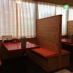 蓬莱閣 - その他写真:内観/テーブル席