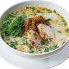 ピリ辛豚挽肉入り豆乳スープのフォー