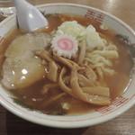 味の店 みちお食堂 - 醤油ラーメン(大盛り)