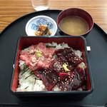 鯨食堂 - 料理写真:鯨の漬け丼 700円
