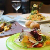 【シェフおまかせコース】前菜、パスタ、メイン料理、デザートなど旬の食材をふんだんに使ったコース!