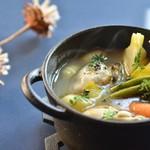 アナログ カフェ ラウンジ トーキョー - 焼き牡蠣と冬野菜、ニョッキのポトフ