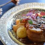 アナログ カフェ ラウンジ トーキョー - 霧島黒豚のビネガー煮込み、マッシュポテト