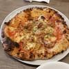 ナンバーエイト ピッツェリア - 料理写真:Today's Pizza Meat 「鶏もも肉とキノコ<カチャトーラ> (1000円)」