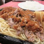 グルメ風月 - 風月オリジナルの『ビーフバター焼き』です。福岡市民の年配の方々の間では、ナポリタン以上の昔懐かしいソウル麺みたいですよ。