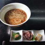 牛骨らぁ麺マタドール - 「羅臼と鮭節のひやあつ」1200円(2016年11月)