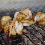 ろばたやき山ろく - 地鶏塩焼き