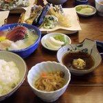 中居屋 - 料理写真:重兵衛定食