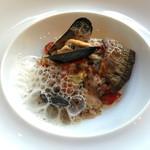 59656022 - モンサンミッシェルのムール貝とサンマのリゾット 赤ピーマン風味