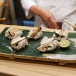 初音鮨 - 松茸と鱧の握り