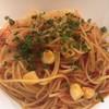 ブラックブラウン - 料理写真:海老と小柱のペペロンチーノ・ロッソ 大盛