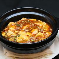 珍しい土鍋の麻婆豆腐!