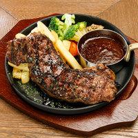 牛ロース肉の炭焼きグリルステーキ オージービーフの赤身と脂のバランスが最高!
