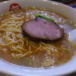 中華そば まるき - 中華そば(中・800円)