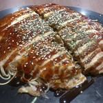 鉄板焼お好み焼 花子 - ・肉玉そば 850円 (税別)