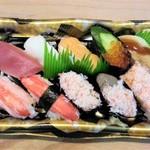 小僧寿し - 料理写真:かに味わい盛り 870円