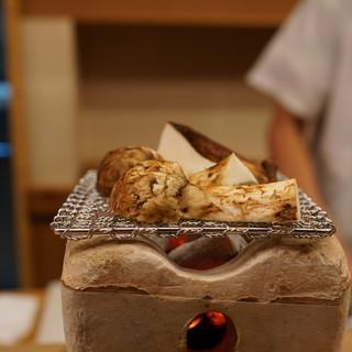 もめん - 料理写真:焼き松茸