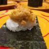 スシロー - 料理写真:濃厚うに包み100円