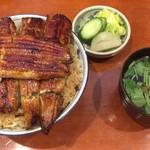うなぎ 和友 - うな丼(多め) + 肝吸い + 漬物