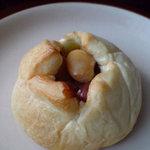 Honey - 豆パン