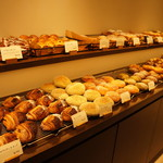 RIKI - 料理写真:店内、パンの風景①