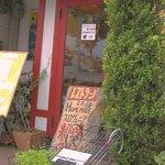 ピカポロンツァ - レストランは2F、1Fはショップ&カフェスペース