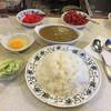 スマトラ - 料理写真:大盛り+生卵+キャベツサラダ