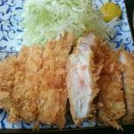 とんかつ棹 - 料理写真:大ロースかつ定食(税込み1,080円)