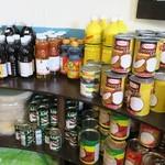Dee アジアン食材・キッチン - 調味料類や缶詰など眺めていると楽しい