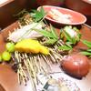 かま田 - 料理写真:秋刀魚の煮付け、カボチャ、鴨肉、柿の白和え、イクラ、マグロの手まり寿司、銀杏