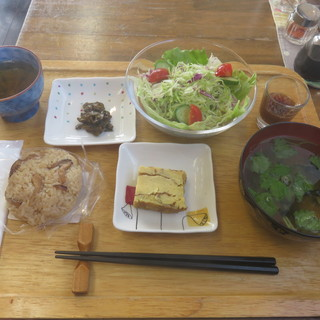 オコメカフェ 森のたんぼ - 料理写真:松茸ご飯+サラダセット